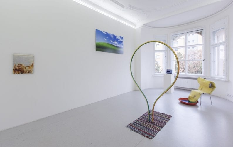 Installation view with works by Christoph Medicus, Mike Ruiz and Johannes Flechtenmacher