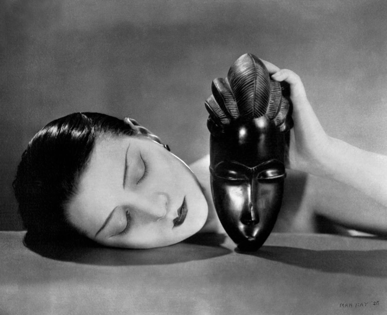 Man Ray, Noire et Blanche, 1926