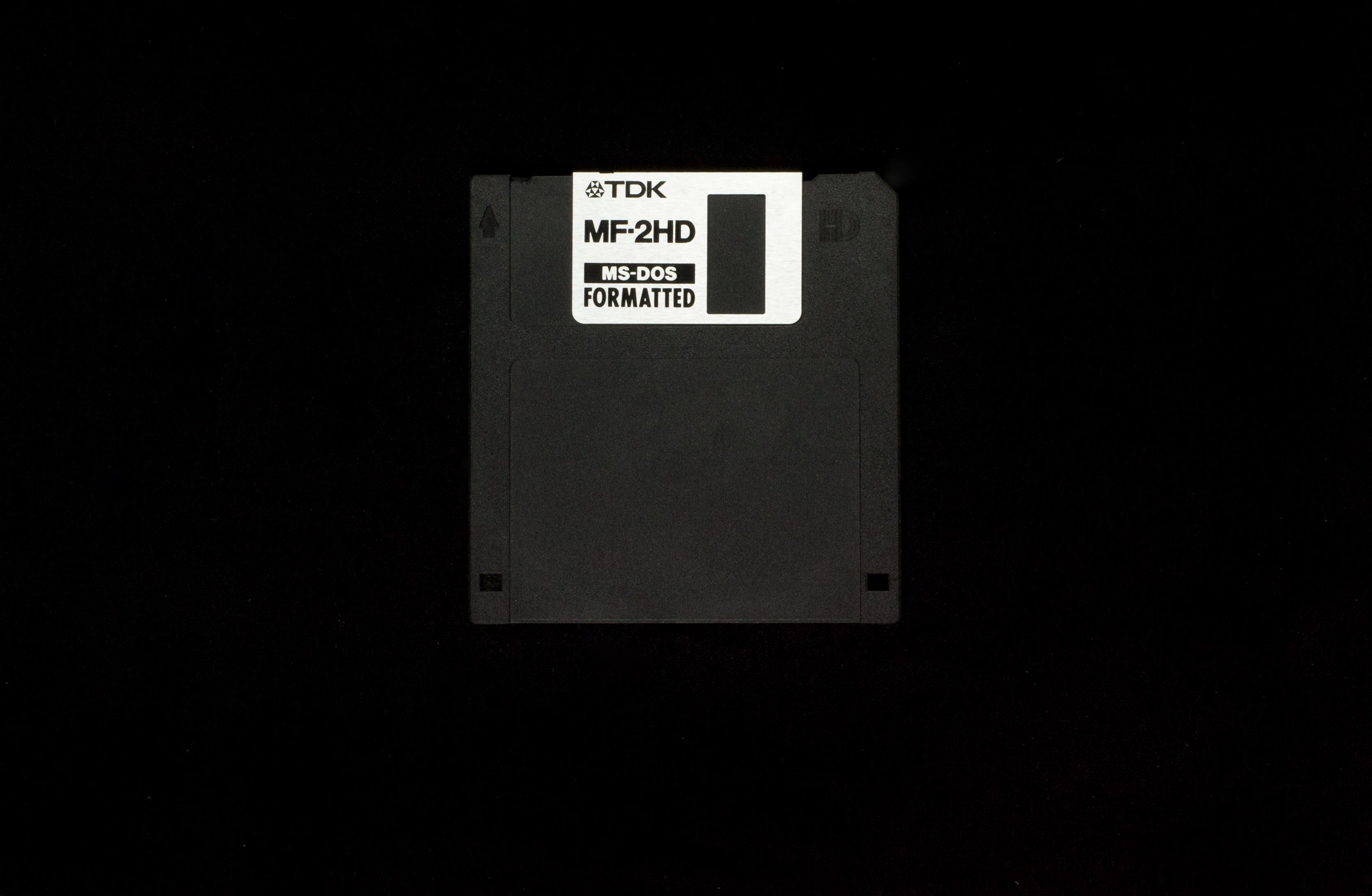 Elies Miniatures Diskette 11