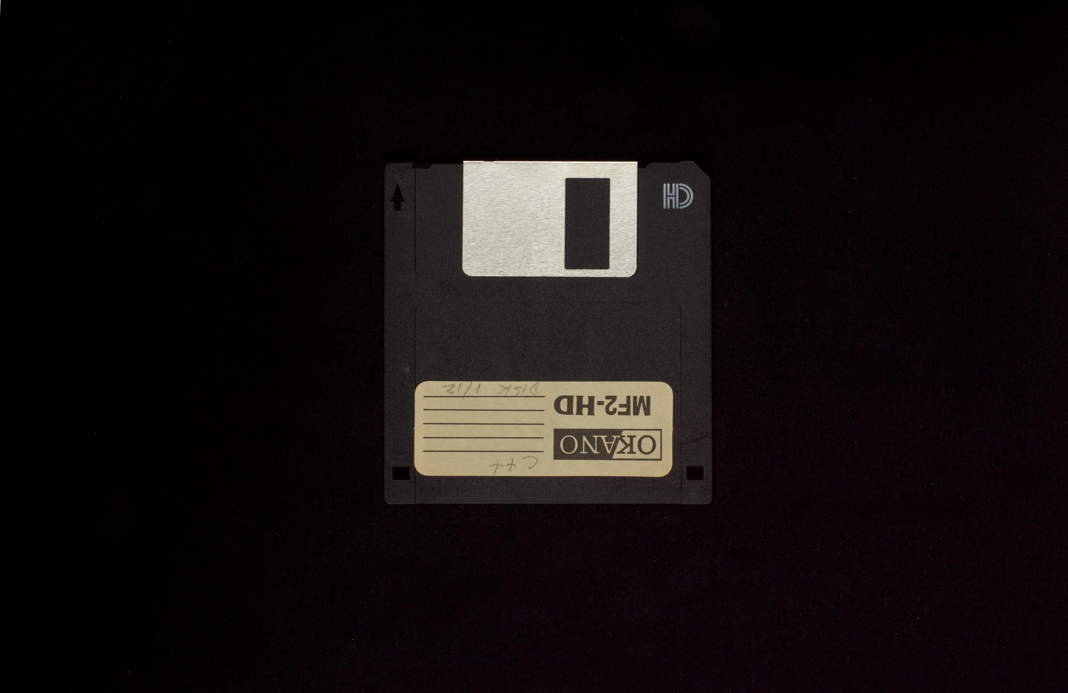 Elies Miniatures Diskette 16