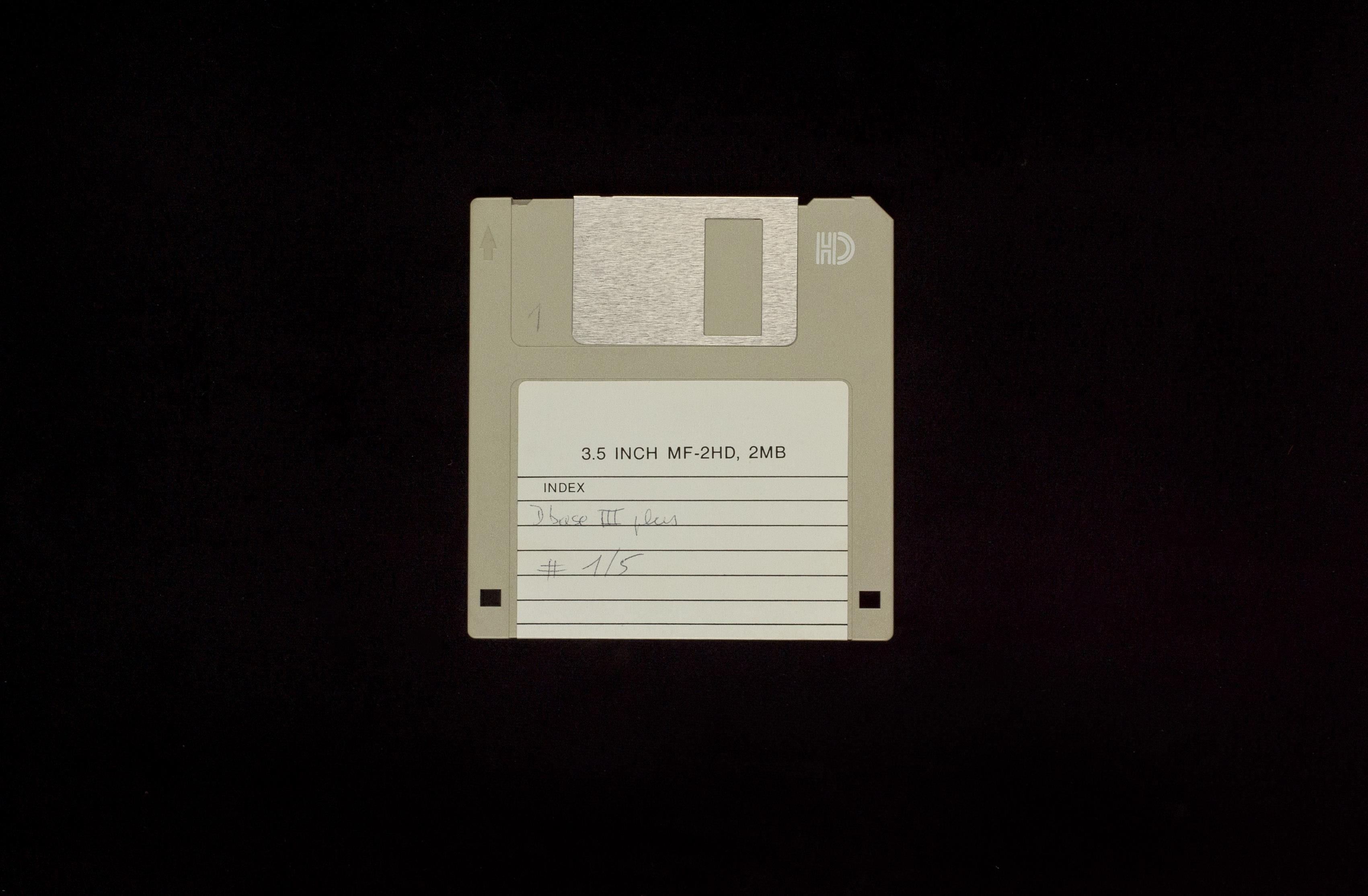 Elies Miniatures Diskette 17