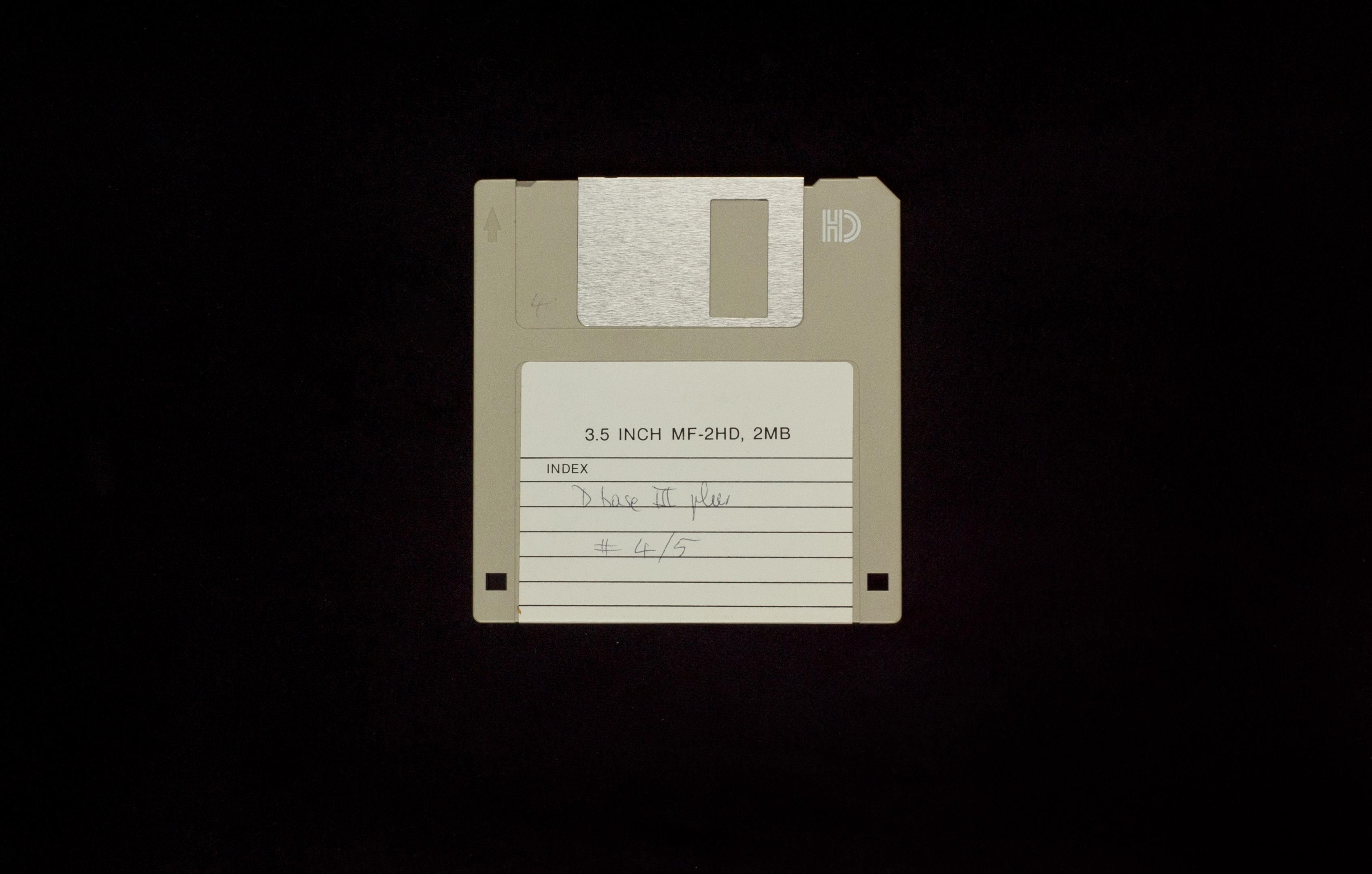 Elies Miniatures Diskette 19